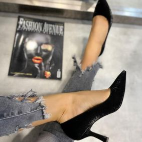 PATENT STILLETO SHOES WITH THIN HEEL - BLACK
