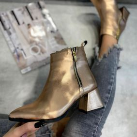 ANKLE BOOTS WITH LOW BLOCK HEEL - GOLD