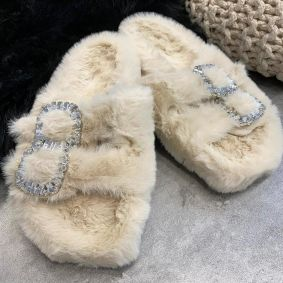 FLUFFY SLIPPERS WITH ZIRCONS - BEIGE