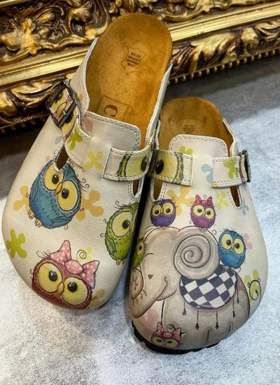 ELEPHANT AND OWL LEATHER CLOGS WITH BELT - BEIGE
