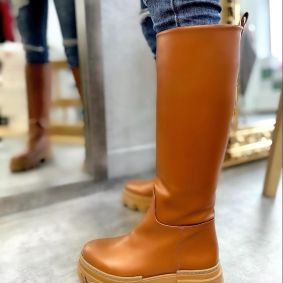 PULL ON HIGH SOLE BOOTS - CAMEL