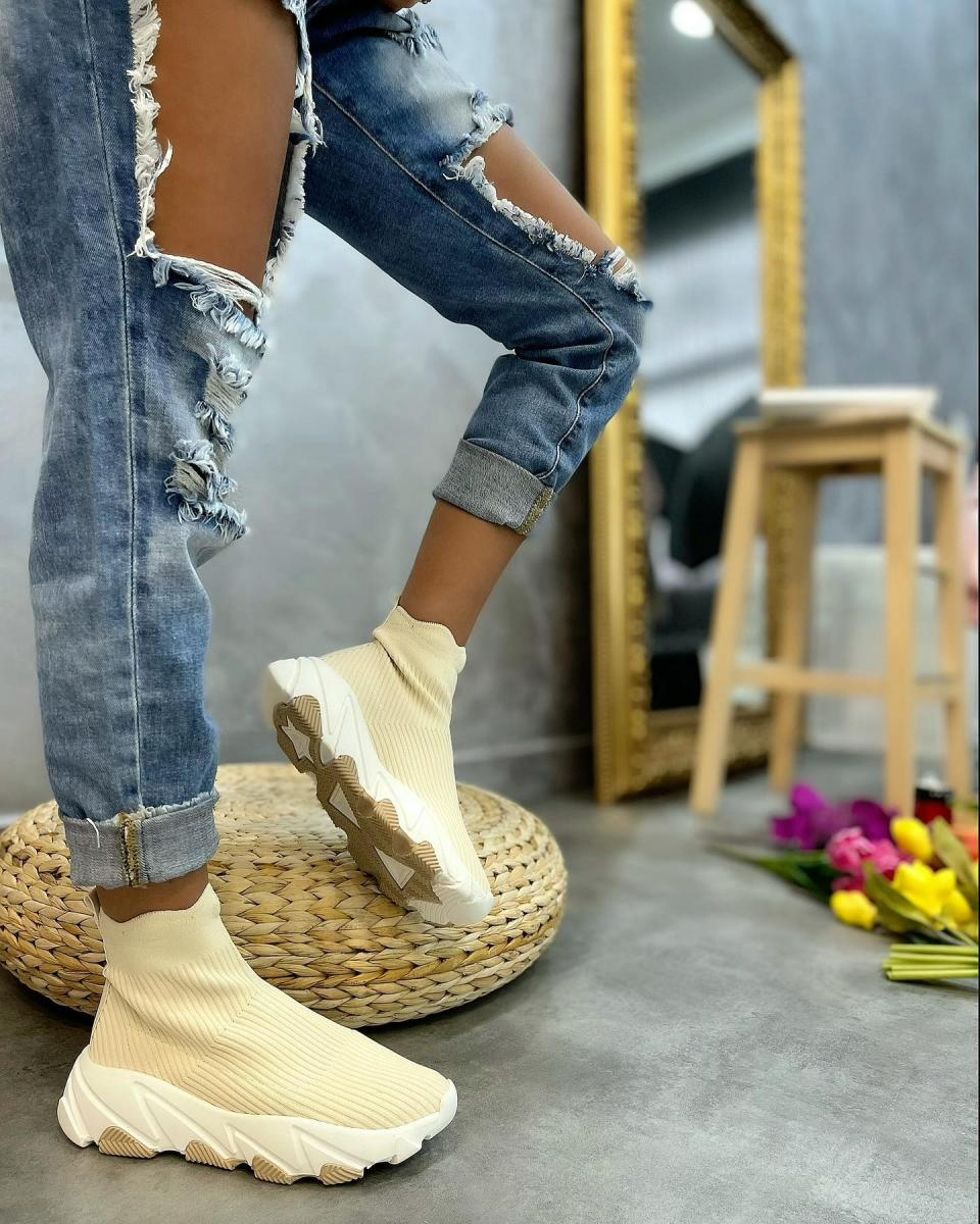 STRETCH PULL ON SNEAKERS - BEIGE