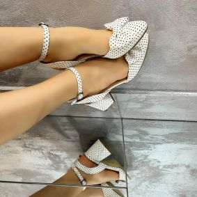 SANDALS WITH DOTS AND BOW - WHITE