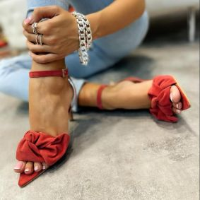 VELOUR SPIKE SANDALS THIN HEEL WITH BOW - CORAL