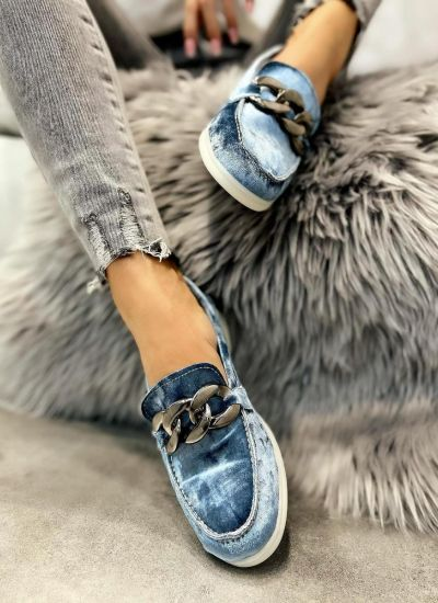 PLUSH MOCCASINS WITH CHAIN - BLUE