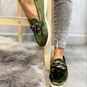 PLUSH MOCCASINS WITH CHAIN - GREEN
