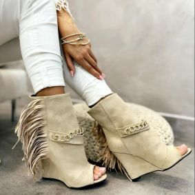 WEDGE VELOUR ANKLE BOOTS WITH FRINGE - BEIGE