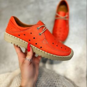Flat leather shoes LYRA - ORANGE