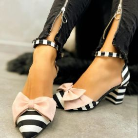 SHOES WITH ROSE BOW AND STRIPES - BLACK/WHITE
