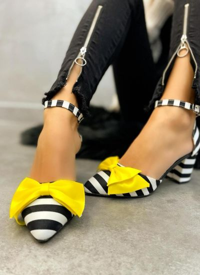 SHOES WITH YELLOW BOW AND STRIPES - BLACK/WHITE