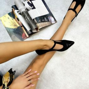 VELOUR POINTED FLATS WITH BELT - BLACK