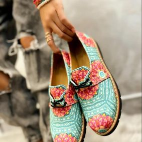 SHOES WITH FLOWER PRINT - GREEN