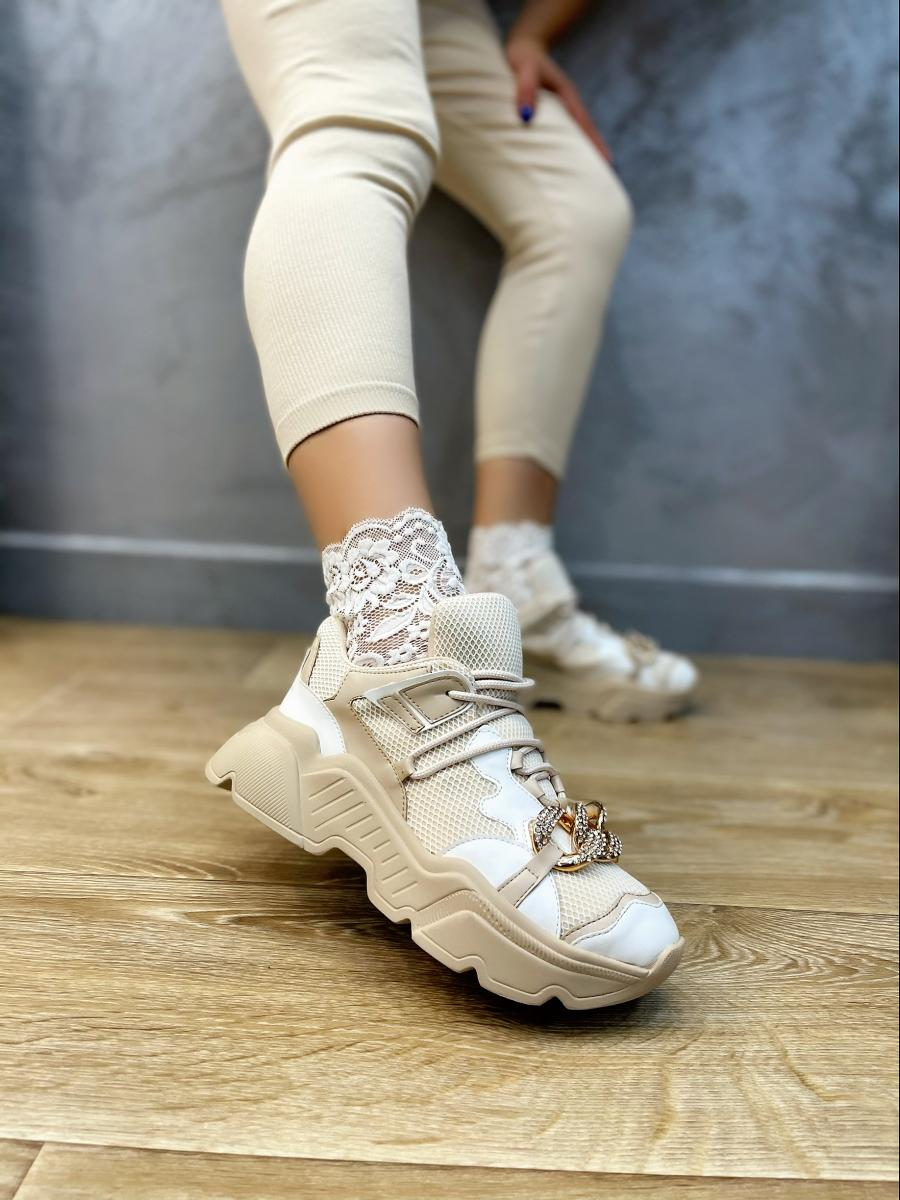 SNEAKERS WITH ORANAMENTS - BEIGE