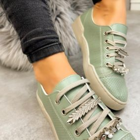 SHALLOW SNEAKERS WITH ORNAMENTS - GREEN