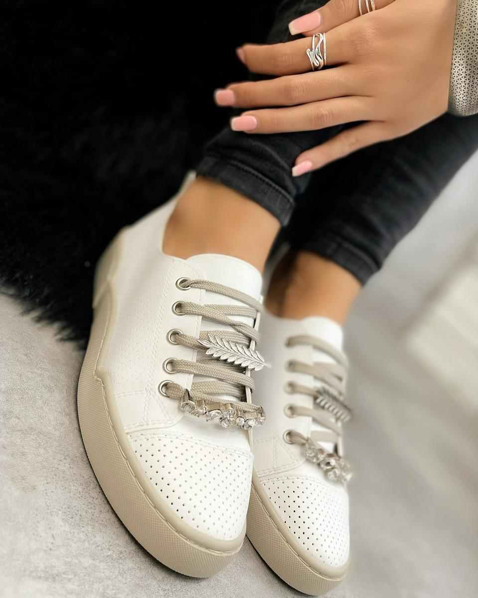 SHALLOW SNEAKERS WITH ORNAMENTS - WHITE