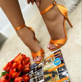 SATIN THIN HEEL SANDALS - ORANGE