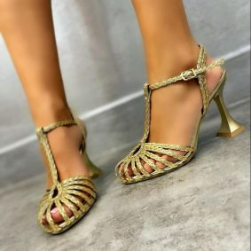 KNITTED THIN HEEL SANDALS - GOLD