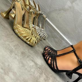 KNITTED THIN HEEL SANDALS - BLACK