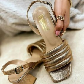THICK HEEL SANDALS - GOLD