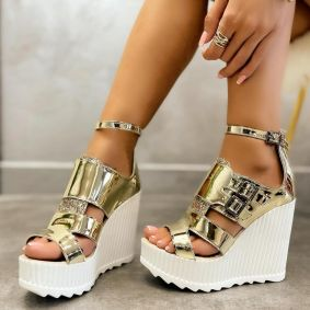 PATENT WEDGE SANDALS WITH BELTS - GOLD