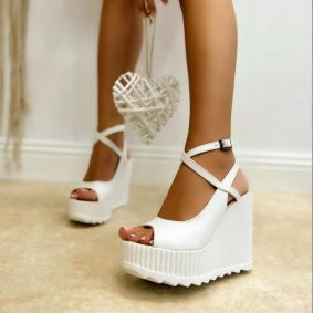 PEEP TOE WEDGE SANDALS WITH BELTS - WHITE