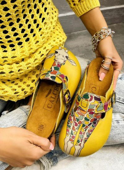 GIRAFFE LEATHER CLOGS WITH BELT - YELLOW