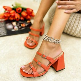 THICK HEEL MULES WITH BELT  - ORANGE