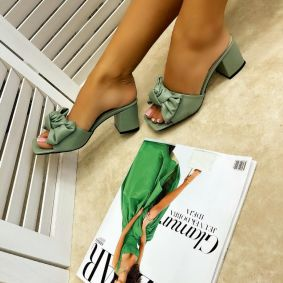THICK HEEL MULES WITH BOW - GREEN