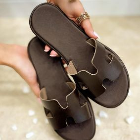 FLAT SLIPPERS - BROWN