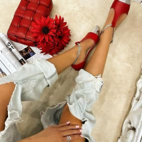 POINTED FLATS WITH BELT - RED