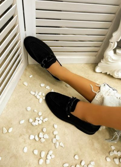 FLAT SHOES WITH CHAIN - BLACK