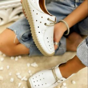 Flat leather shoes LYRA - WHITE