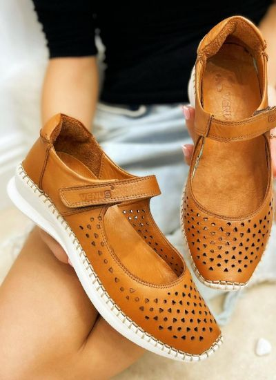 Flat leather shoes SOFTIE - CAMEL
