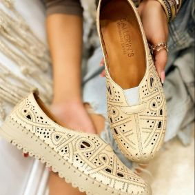 Flat leather shoes VANIA - BEIGE