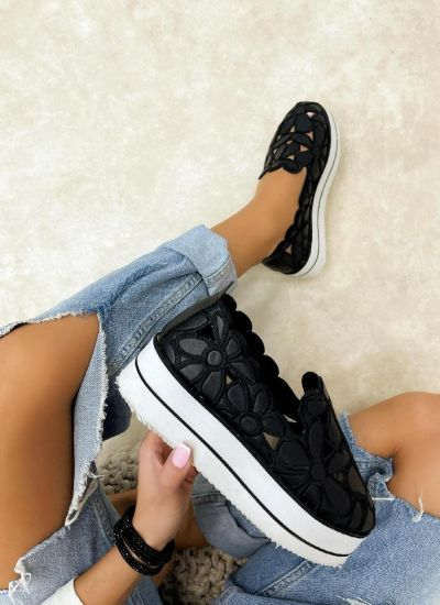 SHOES WITH HIGH SOLE AND FLOWER PRINT - BLACK