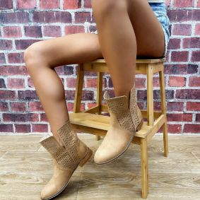HOLLOW ANKLE BOOTS - DARK BEIGE