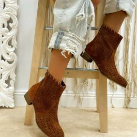 Leather boots AVA - BROWN
