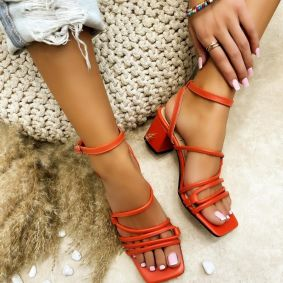 SANDALS WITH BELTS AND THICK HEEL - ORANGE