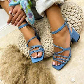SANDALS WITH BELTS AND THICK HEEL - BLUE
