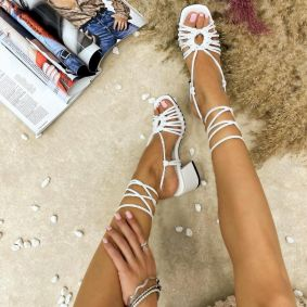 LACE UP SANDALS WITH BLOCK HEEL - WHITE