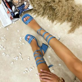 LACE UP SANDALS WITH THICK HEEL - BLUE