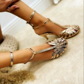 PATENT SANDALS WITH BELTS AND THIN HEEL - CHAMPAGNE
