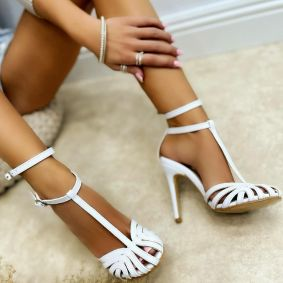 SANDALS WITH BELT AND THIN HEEL - WHITE