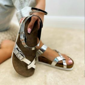 TOE LOOP SANDALS WITH BELT - SILVER
