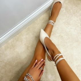 POINTED LACE UP SANDALS - BEIGE