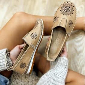 Flat leather shoes ZARAH - BEIGE
