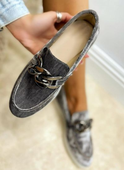 PLUSH MOCCASINS WITH CHAIN - GRAY