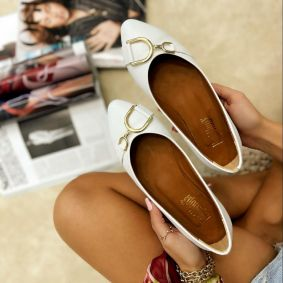 FLATS WITH ORNAMENTS - WHITE