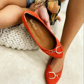 VELOUR FLATS WITH ORNAMENTS - ORANGE
