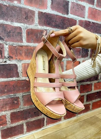 WEDGE SANDALS WITH BELTS - ROSE